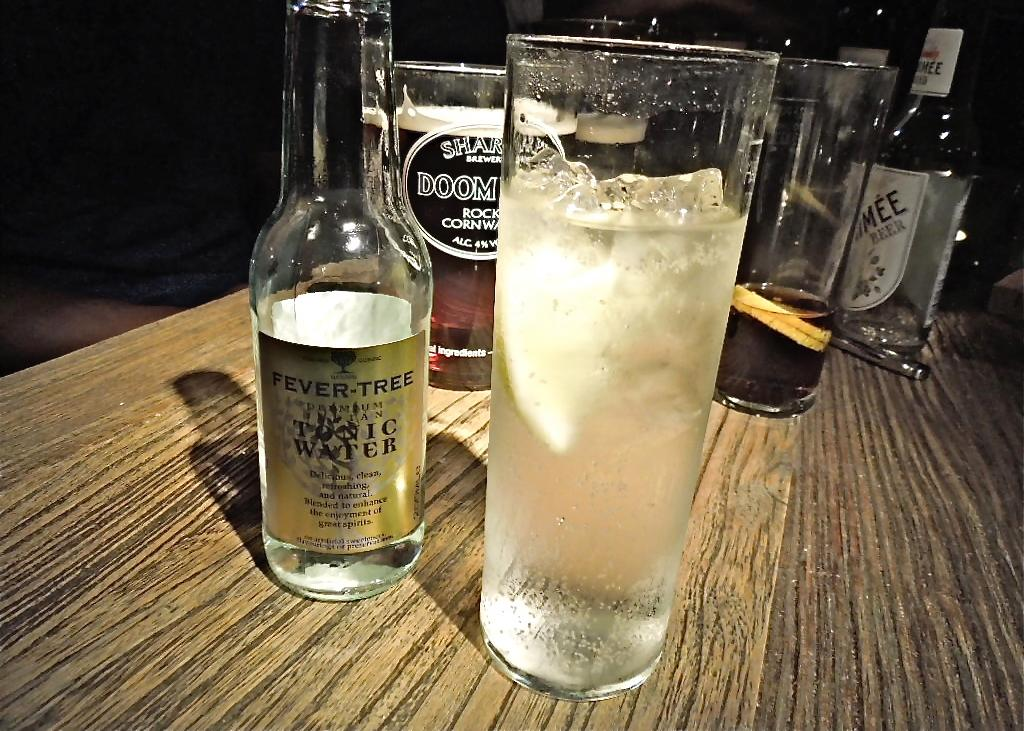 th_3_Gin and tonic