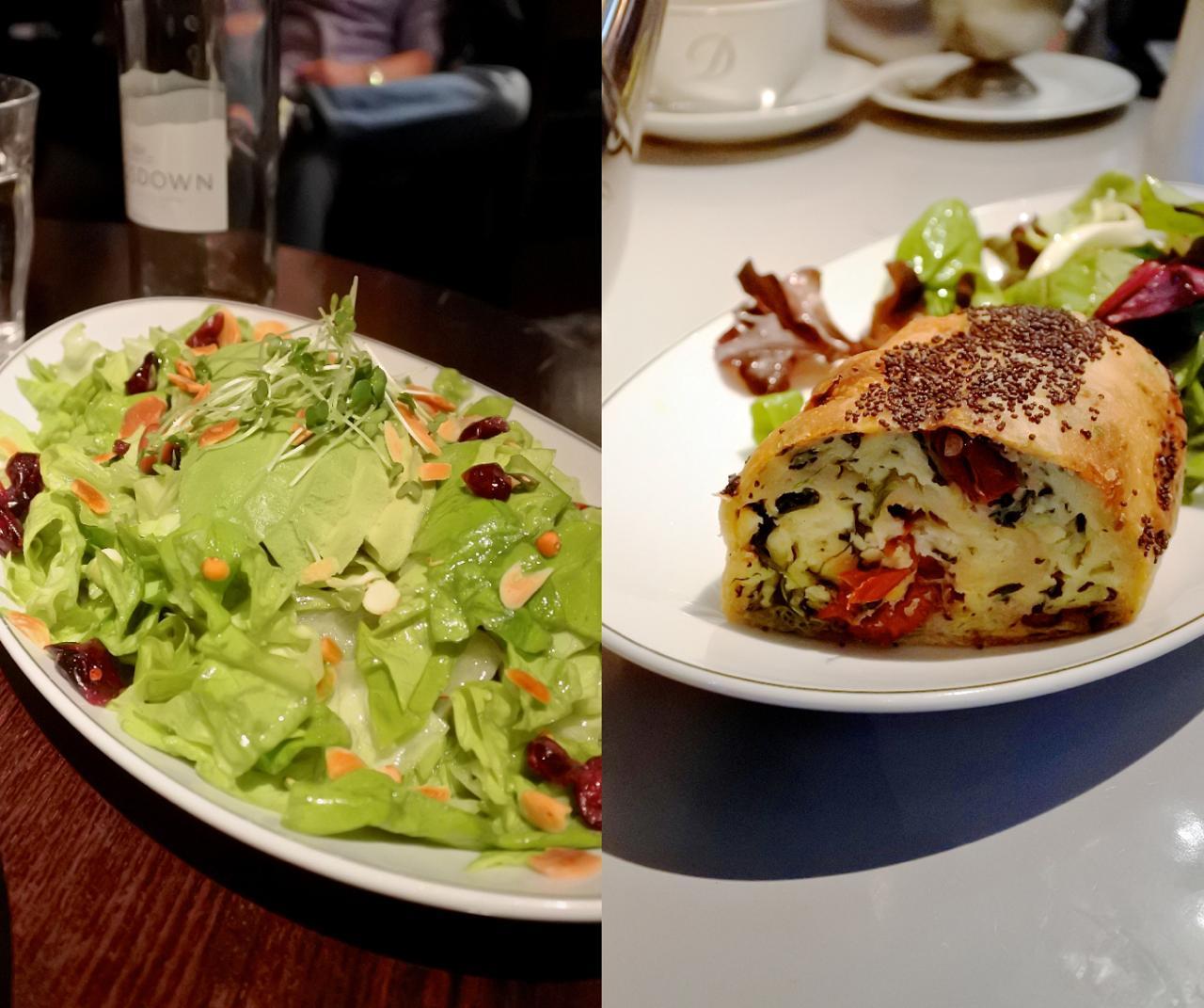 右がほうれん草とリコッタのシュトゥルーデル。左はアボカドのサラダ。